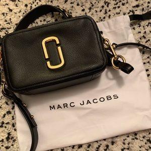 Marc Jacobs crossbody purse. EUC.